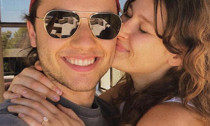 Pesë gjëra që nuk i dini për shqiptarin që u fejua me vajzën e Steven Steven Spielberg.
