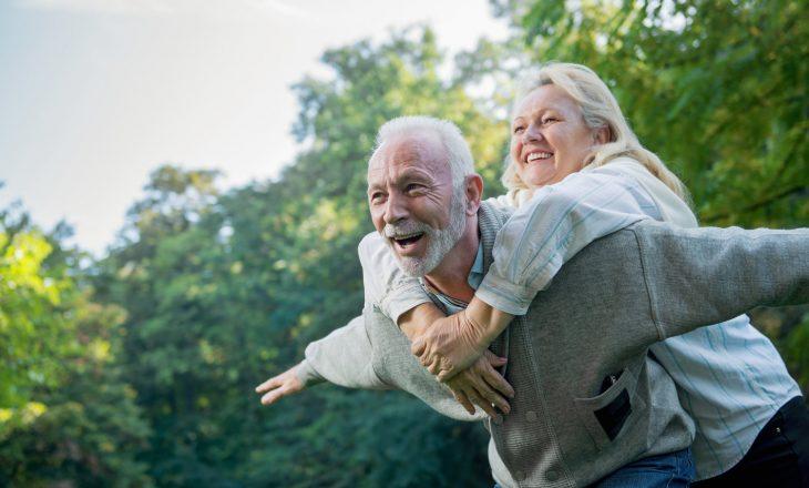"""""""Zonat blu"""": Vendet e botës ku njerëzit jetojnë më gjatë"""