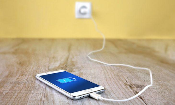 Hakerët mund të përdorin karikuesit për të shkatërruar telefonat