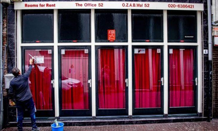 Me rihapjen e bordeleve në Amsterdam vendosen rregulla të reja