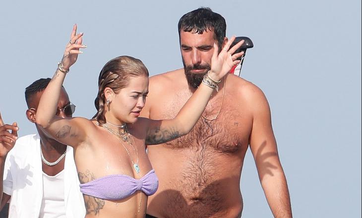 Rita Ora dhe i dashuri i saj i ri shijojnë pushimet në Ibiza