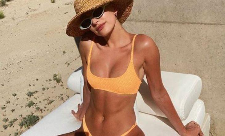 Ka një arsye pse Hailey Bieber ndoshta edhe ju, ndjeheni më të bukura në plazh