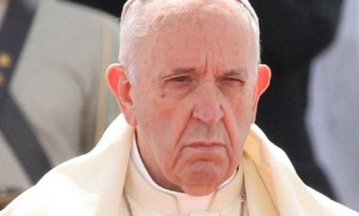 Papa Françesku reagon pas dhunës në xhaminë Al-Aksa