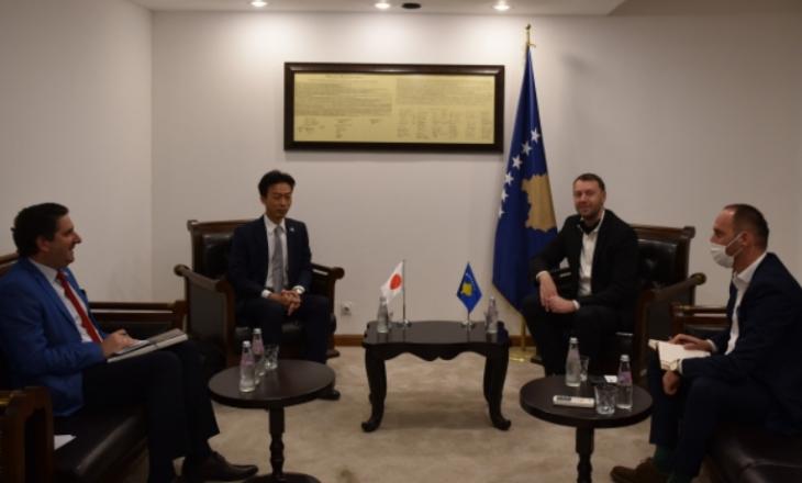 Abrashi falënderon Japoninë për ndihmën e dhënë ndaj Kosovës në luftimin e pandemisë