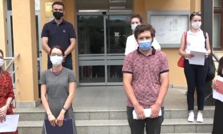 """""""Kelkos"""" me padi kërcënuese po tenton t'ua mbyllë gojën aktivistëve"""