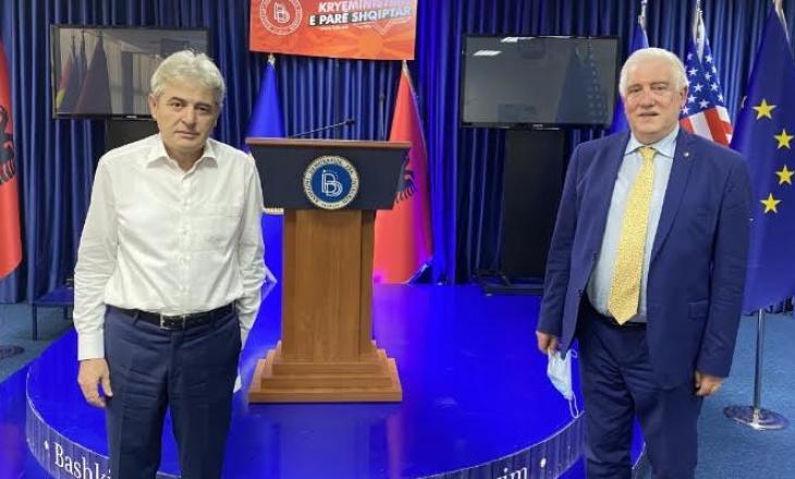 Edi Rama uron Ali Ahmetin për fitoren zgjedhore