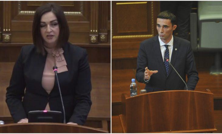 """Përplasen Nagavci e Shala: Ajo e quan i pavarur – atij i pengon – """"Me mua ke kujdes"""""""