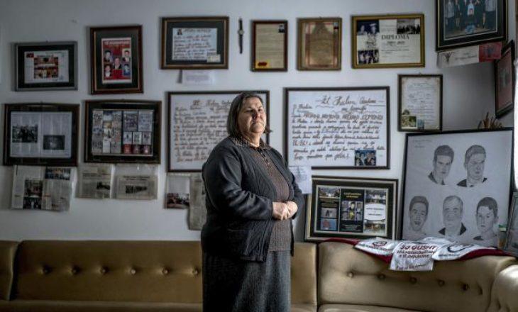 Familjarët e të zhdukurve në Gjakovë kërkojnë të dënohen kriminelët serbë