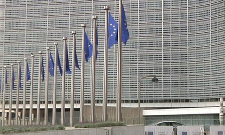Opozita serbe i kërkon BE-së komision për ta vlerësuar demokracinë në Serbi