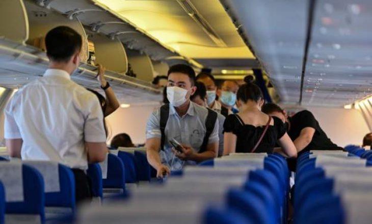 Qindra fluturime anulohen, pasi Kina regjistron raste të reja me COVID-19