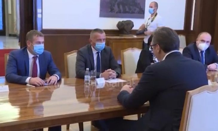 Shqiptarët e Luginës i kërkojnë Vuçiq-it pozita në qeverinë e re të Serbisë