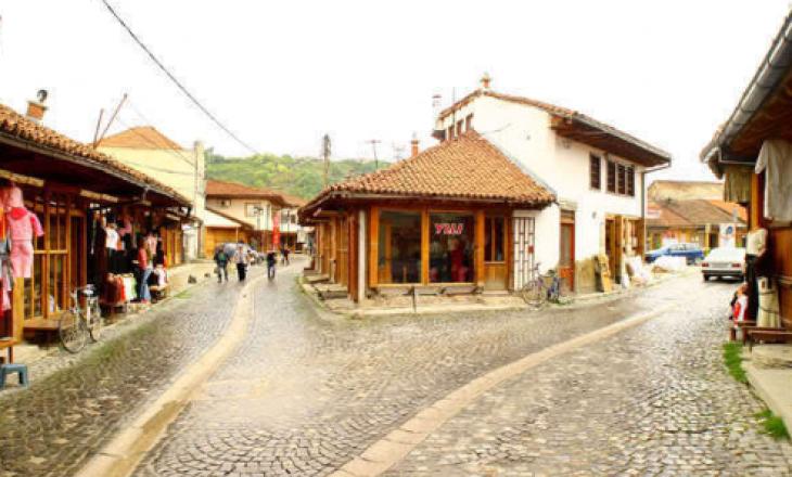 Tragjedi në Gjakovë: Një person vritet, dy të tjerë plagosen