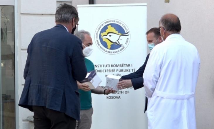 Gjermania i dhuron Kosovës 6 mijë teste për Coronavirus