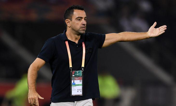 Xavi planifikon punën tek Barcelona