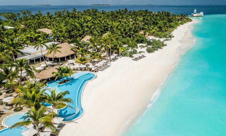 Ky ishull mirëpret turistë vetëm me një kusht