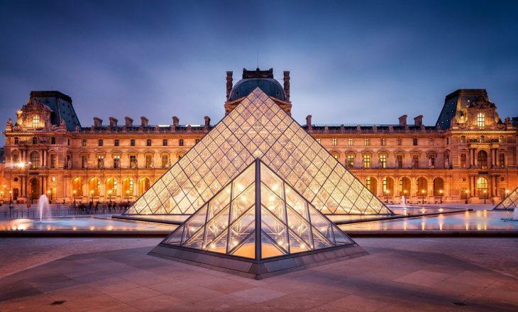 Muzeu u Luvrit në Paris hapet të hënën, pritet numër i madh i vizitorëve