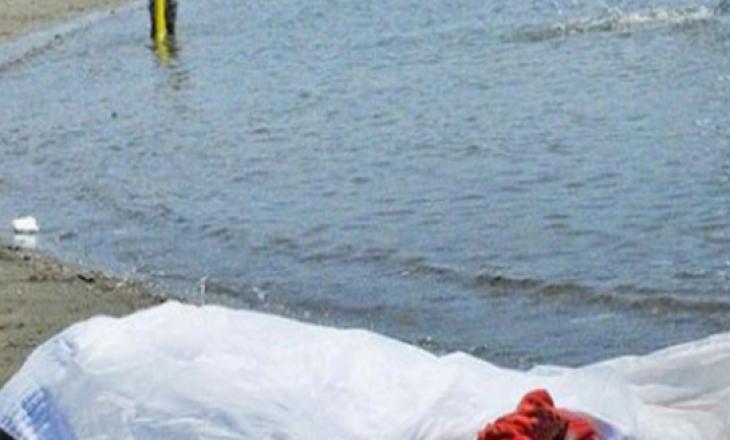 Mbytet një tjetër person në plazhin e Durrësit