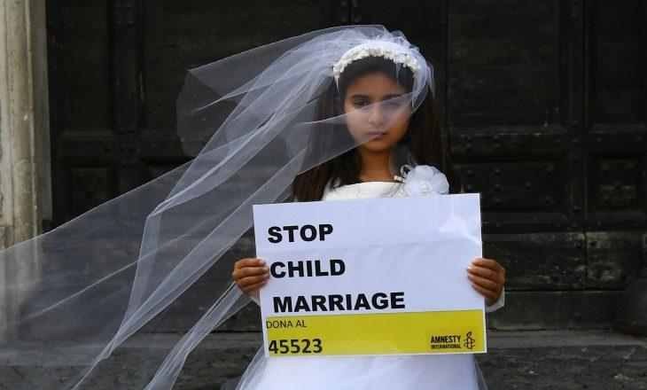 Shpëtohet 12 vjeçarja të cilën e martuan me dy burra brenda një muaji