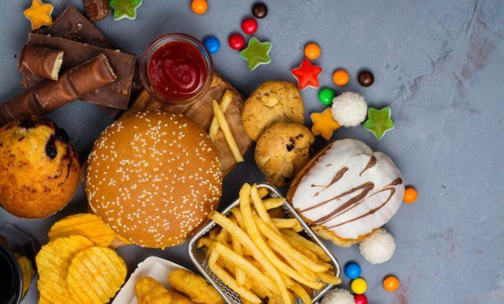 Këto ushqime kaq të dashura për ju nuk i bëjnë aspak mirë trurit tuaj