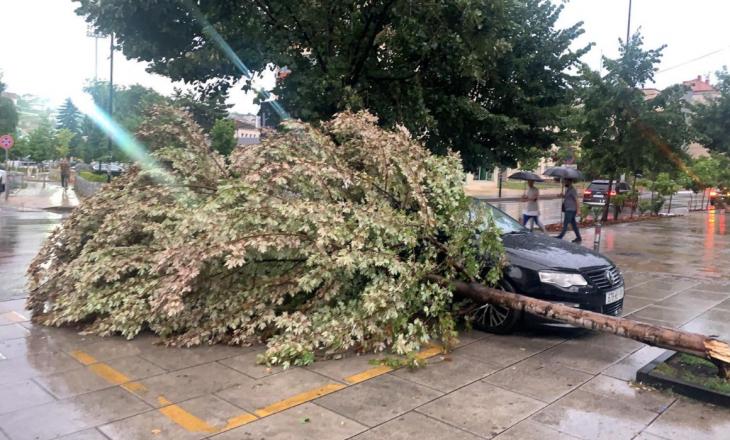 Pas dëmeve që shkaktoi stuhia e fortë, Shpend Ahmeti kërkon nga qytetarët të kenë kujdes