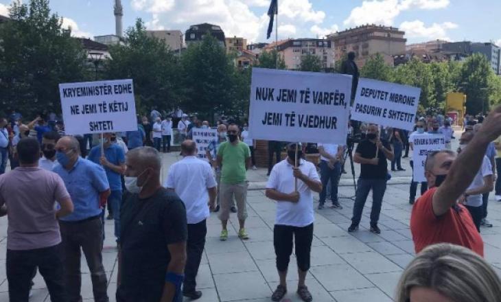 Protesta e punëtorëve të PTK-së