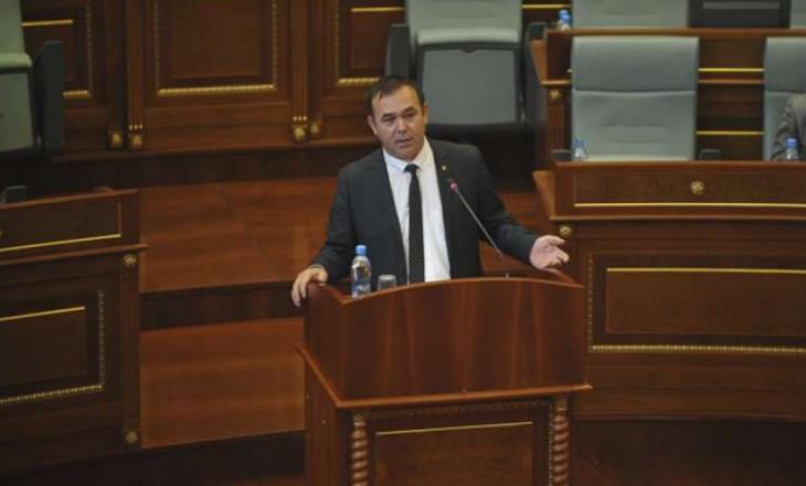Selimi kritikon Hotin: Qeveri koti me 100 ditë të kaluara kot