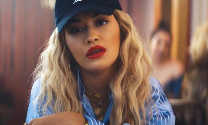 """Rita Ora bëhet pjesë e sfidës """"Woman supporting Woman"""""""