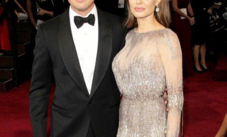 Angelina Jolie tregon arsyen e divorcit me Brad Pitt