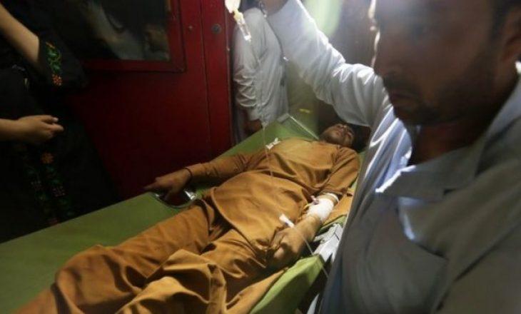17 të vdekur nga shpërthimi i veturës-bombë natën e Kurban Bajramit në Afganistan