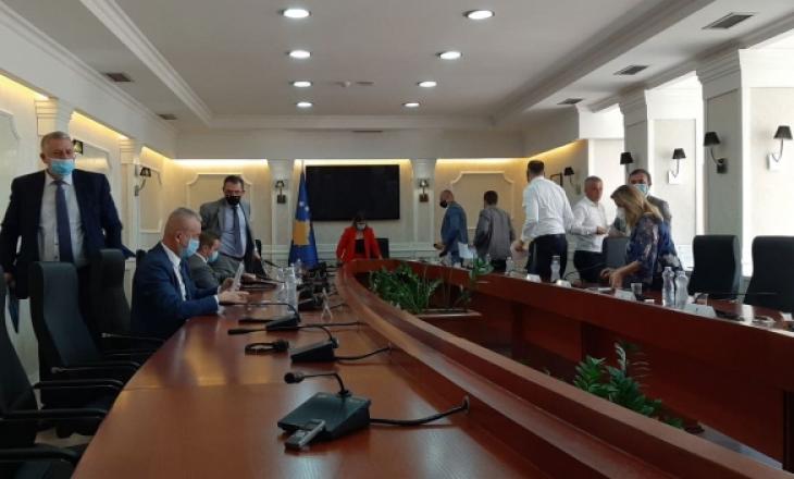 Dështon raportimi i Veliut para komisionit – kishte kohë veç 45 minuta
