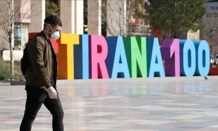 Edhe 3 viktima dhe 82 raste të reja me COVID-19 në Shqipëri