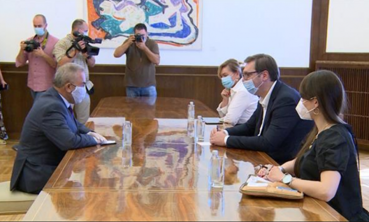 Vuçiq falënderon Palestinën për mosnjohjen e Kosovës