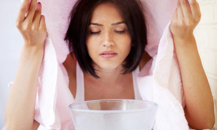 Trajtimi I fytyrës me avull dhe përfitimet e lëkurës