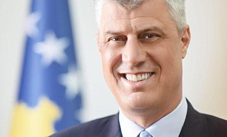 Hashim Thaçi përkujton Ukshin Hotin – thotë se e kuptoi me kohë që lufta sjellë lirinë