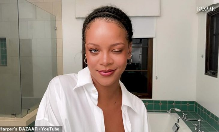 Rihanna mahnit me pamjen e saj përderisa tregon lëkurën e saj pa grim