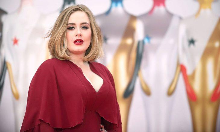 Adele ka humbur aq shumë peshë sa pothuajse nuk njihet