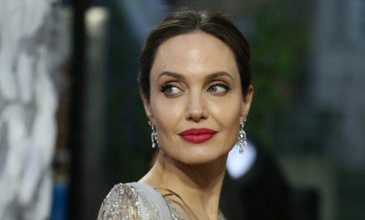 Angelina Jolie thotë se ajo po shijon 'kaosin e karantinës'