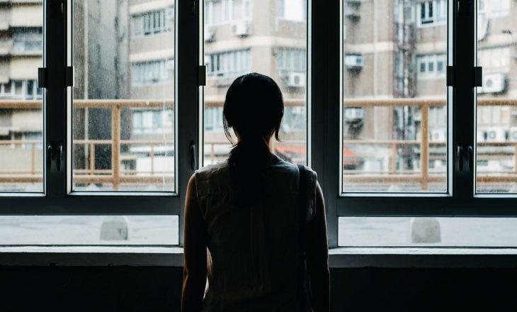 Izolimi mund të ketë ndryshuar personalitetin tuaj