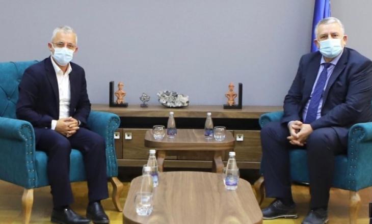"""Veliu do ta mbështetë """"Jetimat e Ballkanit"""", me synim përmisimin e jetës së qytetarëve"""