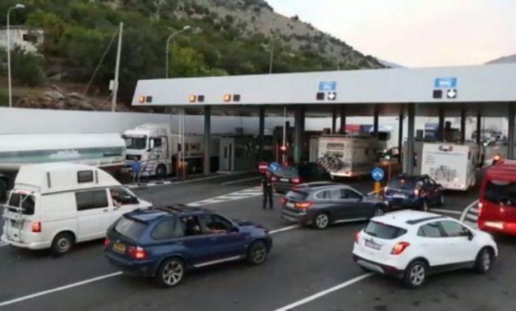 Greqia shtyn afatin e mbylljes së kufijve edhe për dy javë