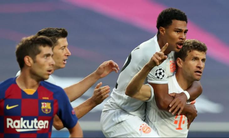 Bayern po e demolon Barcelonën në pjesën e parë