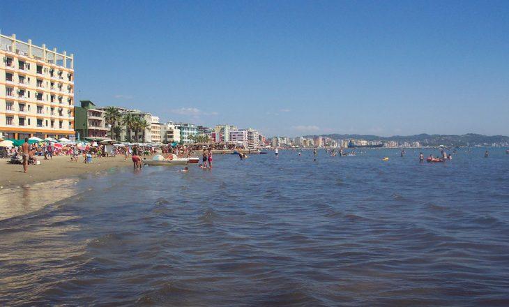 Një 30-vjeçar gjendet i mbytur në plazhin e Durrësit