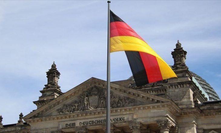 Nga tani as qytetarët e Gjermanisë s'mund të hyjnë pa testin PCR në Kosovë
