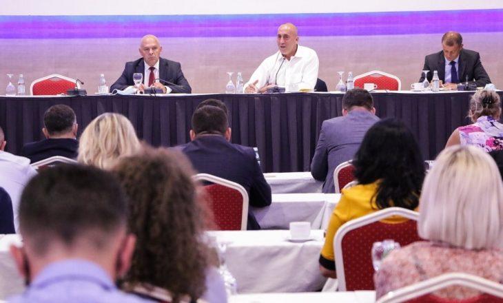 Ramush Haradinaj tregon se çfarë u diskutua në mbledhjen e strukturave të AAK-së