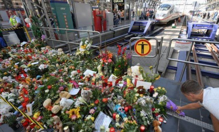 Gjermani: Fillon gjykimi i burrit që hodhi para trenit fëmijën 8 vjeçar