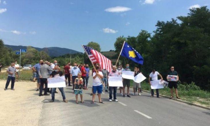 """Protestë në Karaçevë – """"Serbia mjaft me provokime"""""""