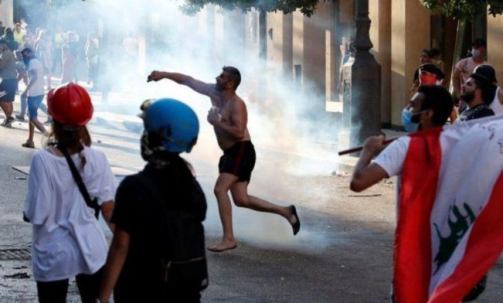 Shkon në mbi 200 numri i viktimave në Bejrut, derisa protestat vazhdojnë