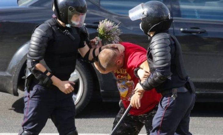 Vdes edhe protestuesi i dytë në Bjellorusi – në natën e katërt të protestave
