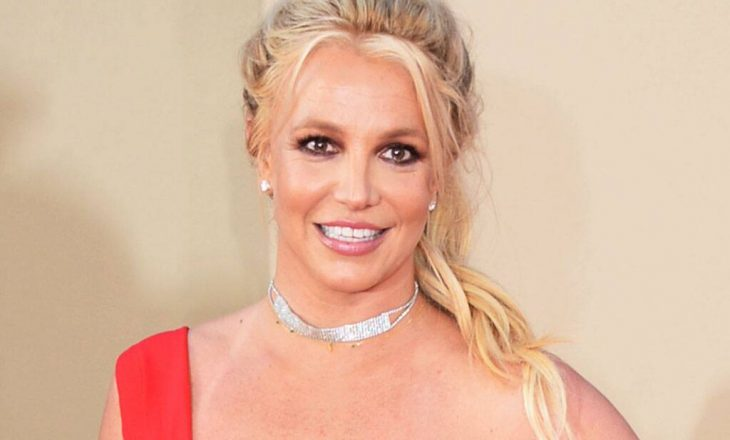 Make up artisti i Britney Spears thotë se teoria konspirative #FreeBritney ka të vërteta brenda saj
