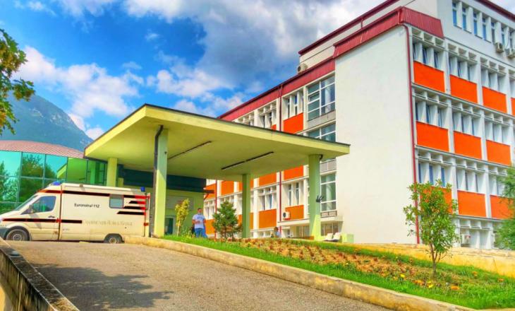 Spitali i Pejës: 17 pacientë me COVID-19 në gjendje të rëndë
